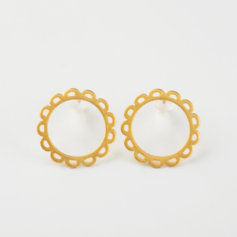 Daisy Gold Stud Earrings