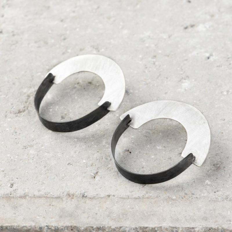 Two Tone U Shape Structural Earrings
